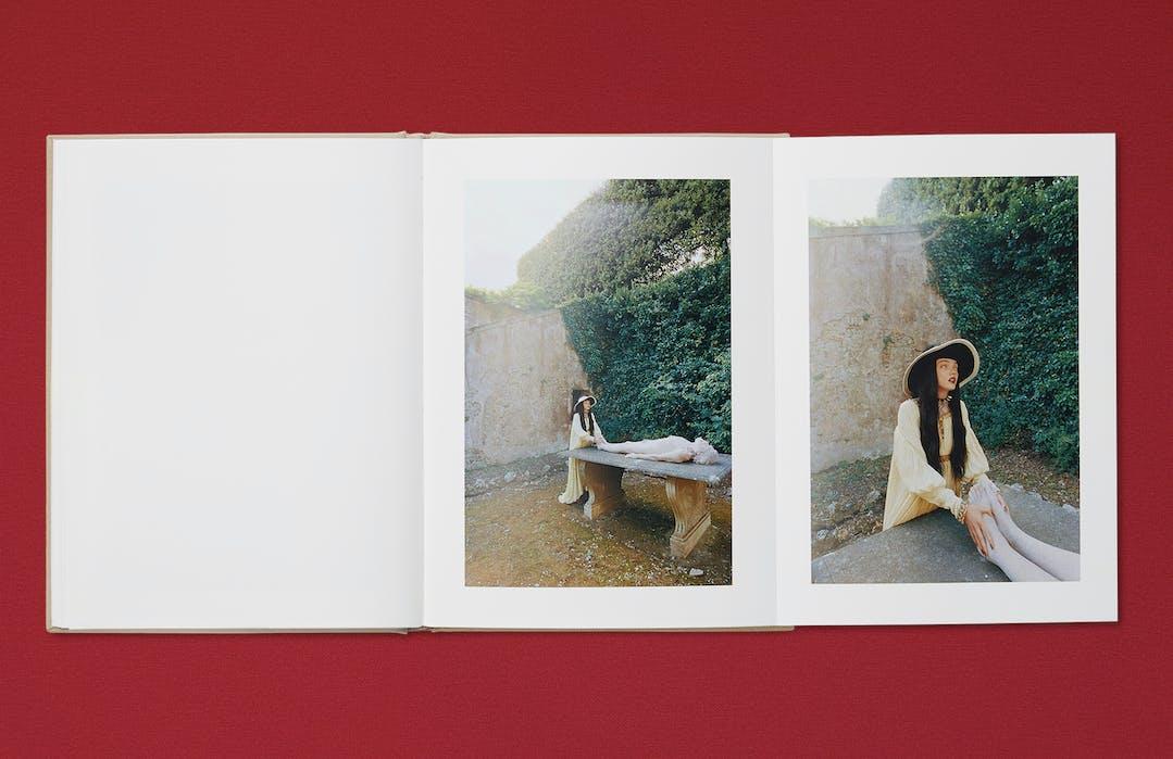 Ωοτοκία: il nuovo Gucci book con le immagini di Yorgos Lanthimos