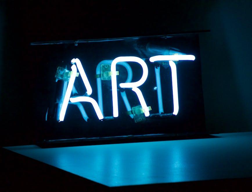 i profili instagram da seguire se ami l'arte contemporanea