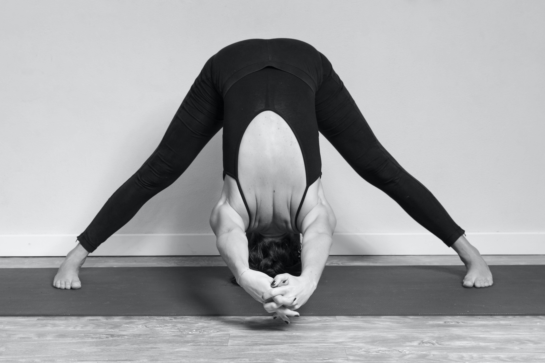 yoga esercizi da fare a casa