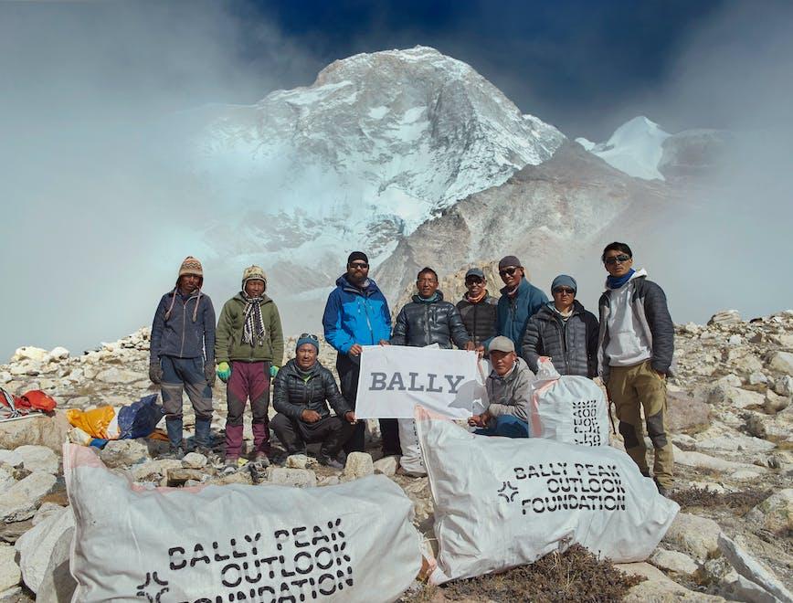 Bally Peak Outlook spedizione Himalaya-lofficielitalia
