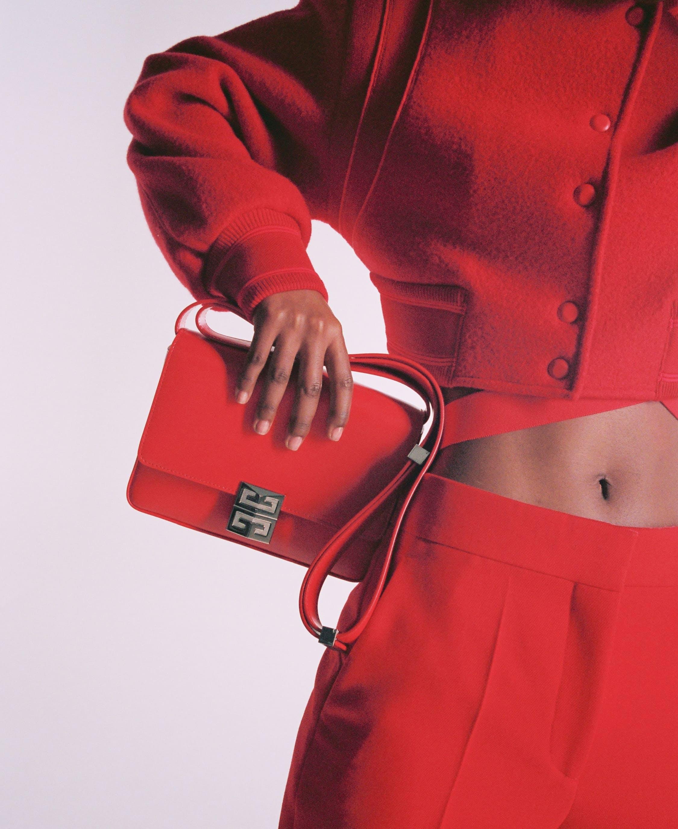 La borsa 4G di Givenchy disegnata da Matthew Williams