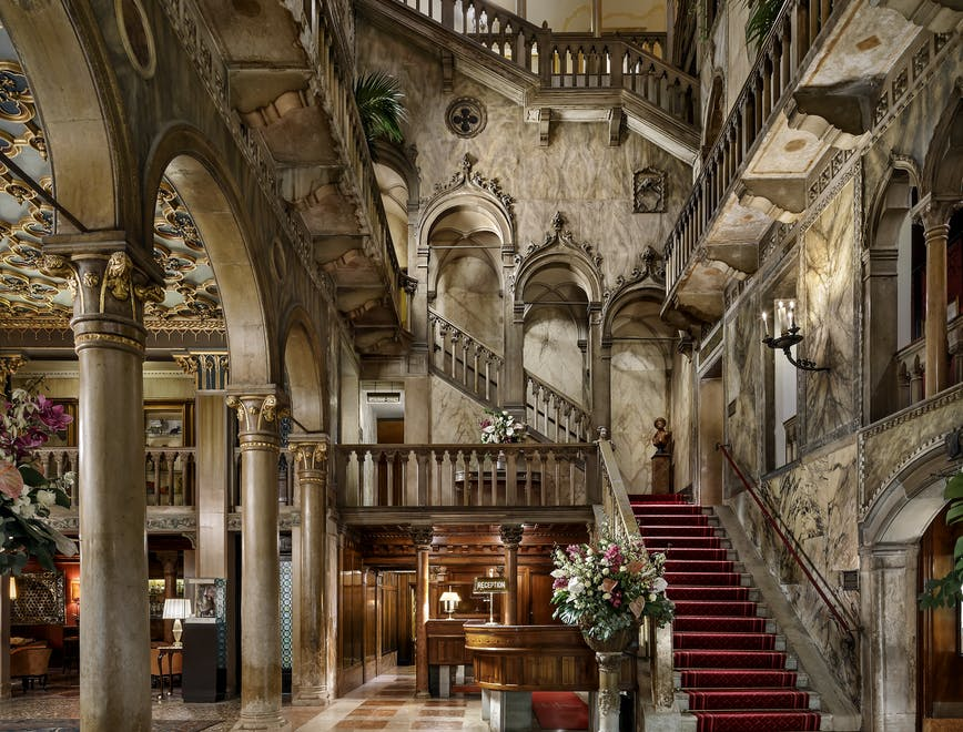 La hall dell'Hotel Danieli