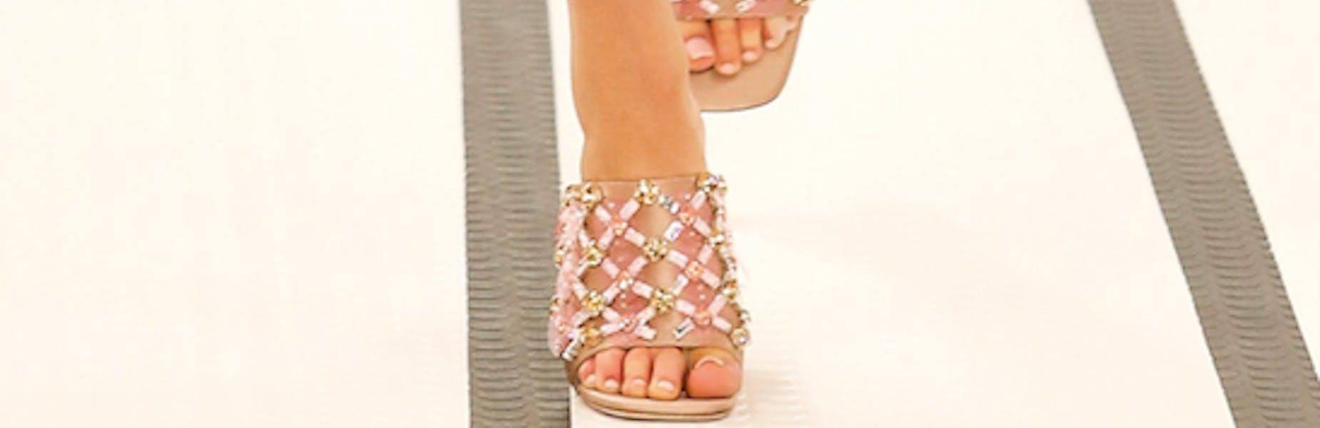 Sandali con incrostazioni Miu Miu
