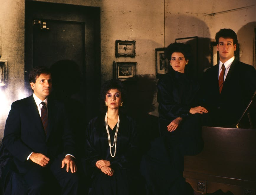 "Una foto di famiglia ""An American Family, A Rejected Commission,"" 1987, di Clegg & Guttmann."