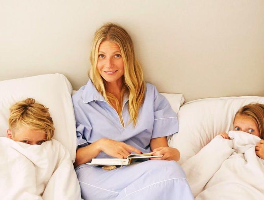 Nella foto Gwyneth Paltrow con i suoi figli