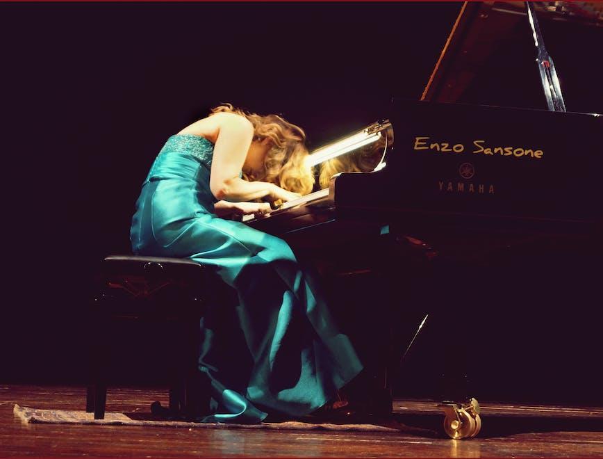 Nell'immagine: Ingrid Carbone durante un'esibizione