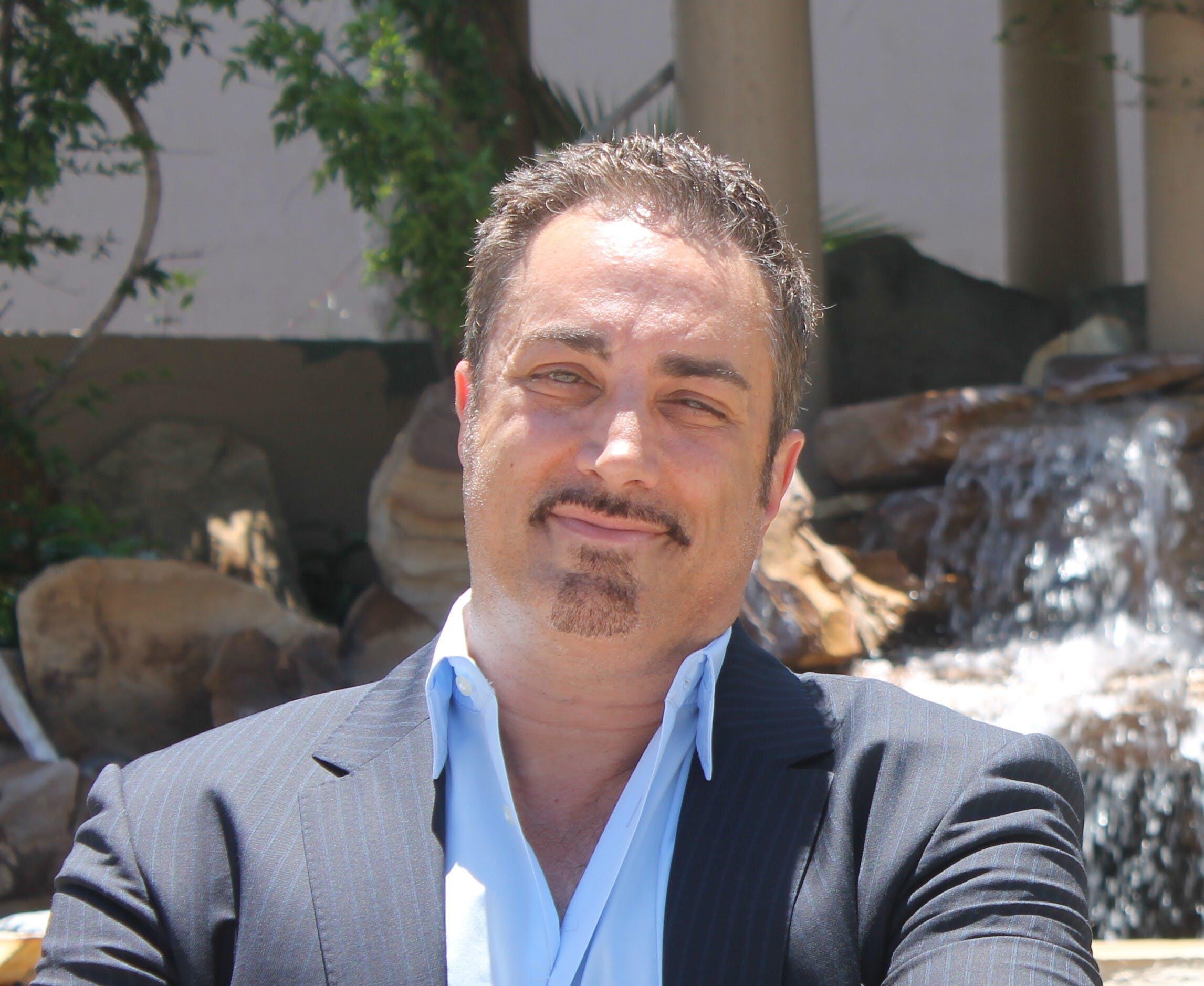 Dr. Louis Steven DeLuca
