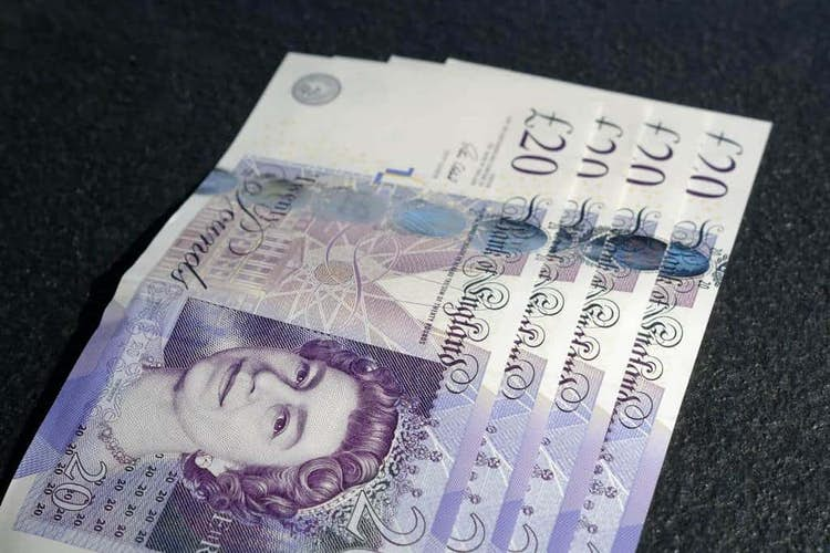 Pros and Cons of Cash ISAs for Pensioners