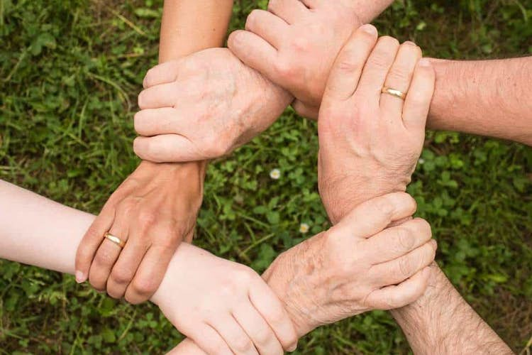 10 benefits of getting involved in community initiatives