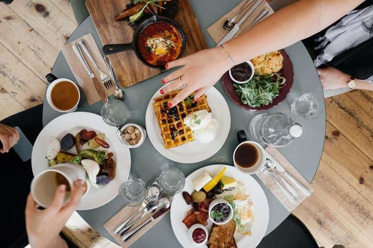 Eating Out Scheme Causes Decrease in Inflation