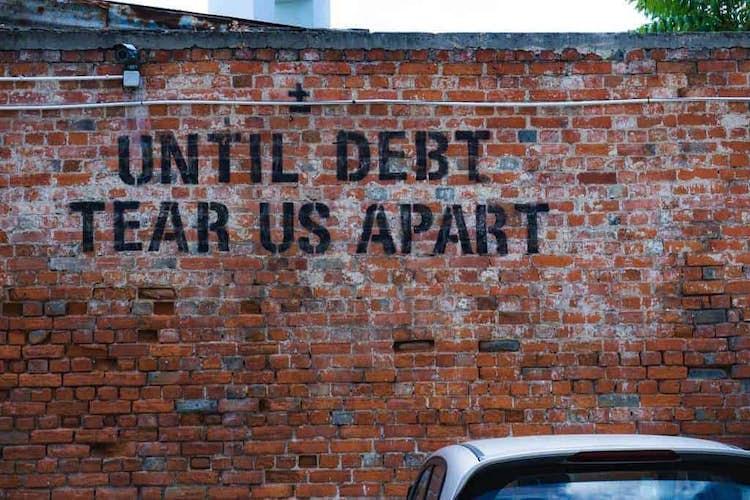 Debt crisis warning for the UK