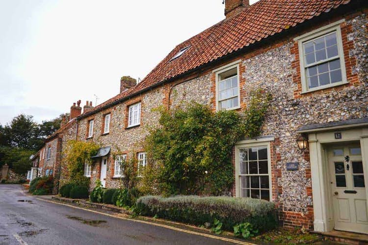 Asking prices for UK properties dip ahead of stamp duty holiday deadline