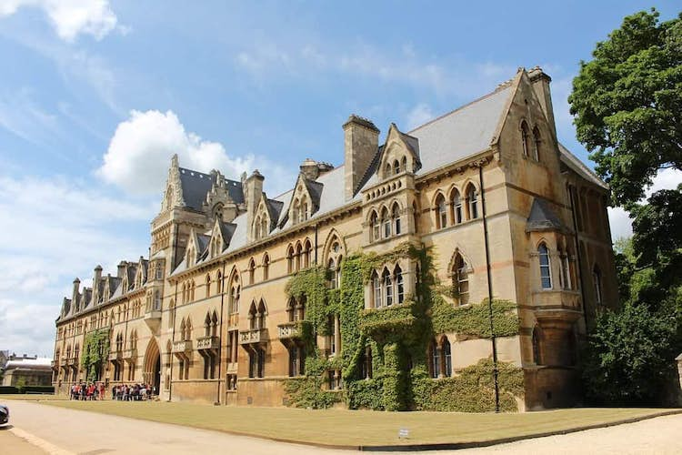 Oxford University vaccine shows 70% protection against Covid-19