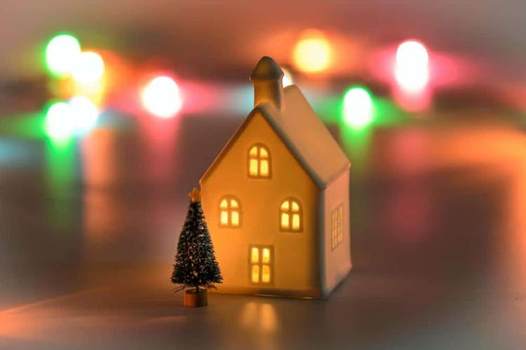 5 ways to avoid feeling lonely at Christmas