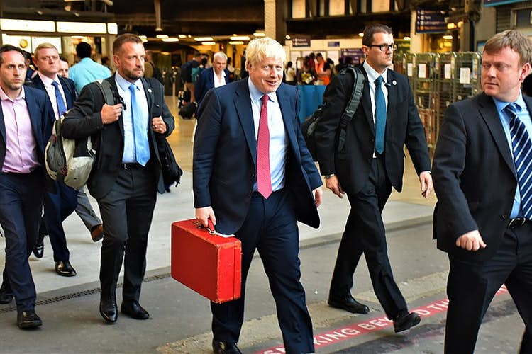 Boris Johnson urged to extend universal credit increase beyond March