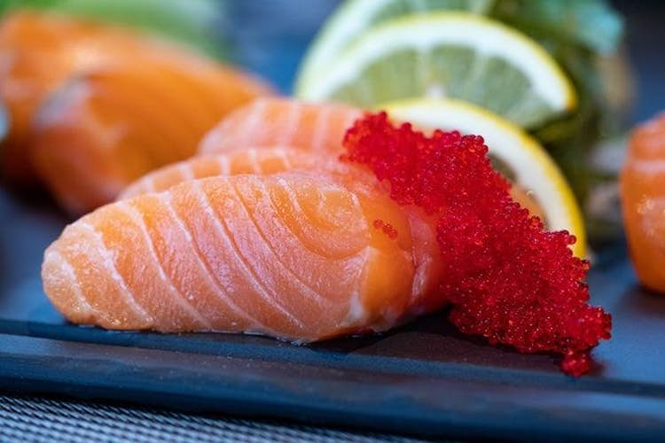 How to prepare raw fish