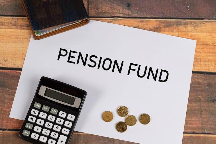 What is a flexi-drawdown pension?