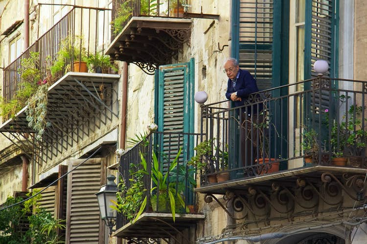 Guide to home insurance for older people