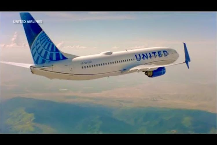 United Airlines stock climbs on better than expected earnings