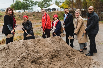 Options CEO Heather Tremain with partners from the city of Toronto and the province of Ontario holding shovels of dirt at the groundbreaking ceremony for The Humber.