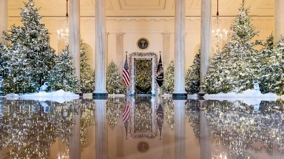 2021 Whitehouse Christmas Celebrating The Holidays At The White House President White House Christmas Traditions
