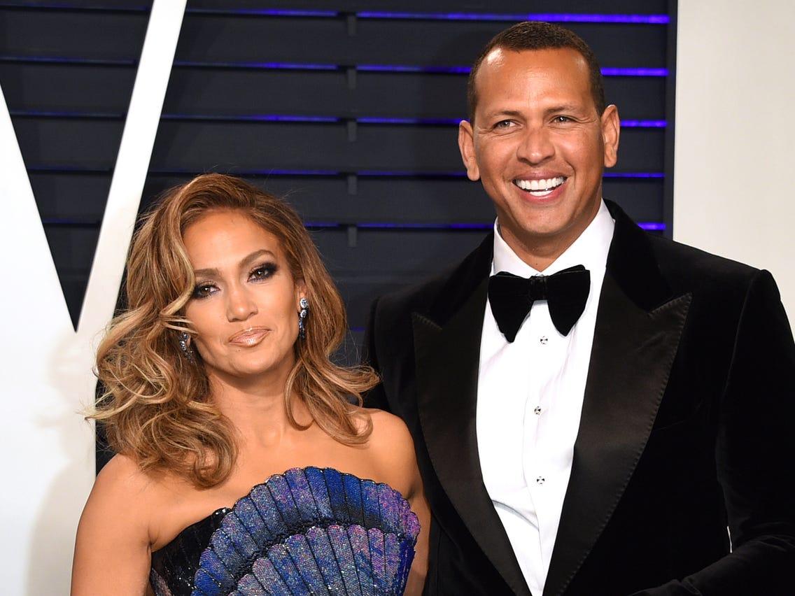 Jennifer Lopez and Alex Rodriguez Call Off Engagement - JLo ARod Split  Break Up Wedding