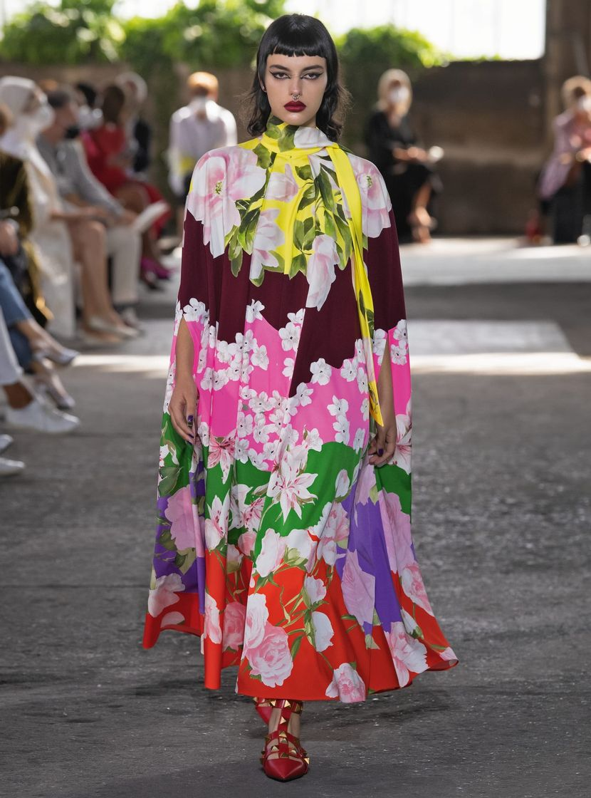 According to the Runways, Maximal Prints are in This Spring - Bold Print Trend Valentino