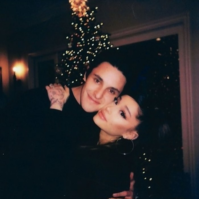 Ariana Grande and Dalton Gomez are Officially Married - Ariana Grande Husband Dating Ring