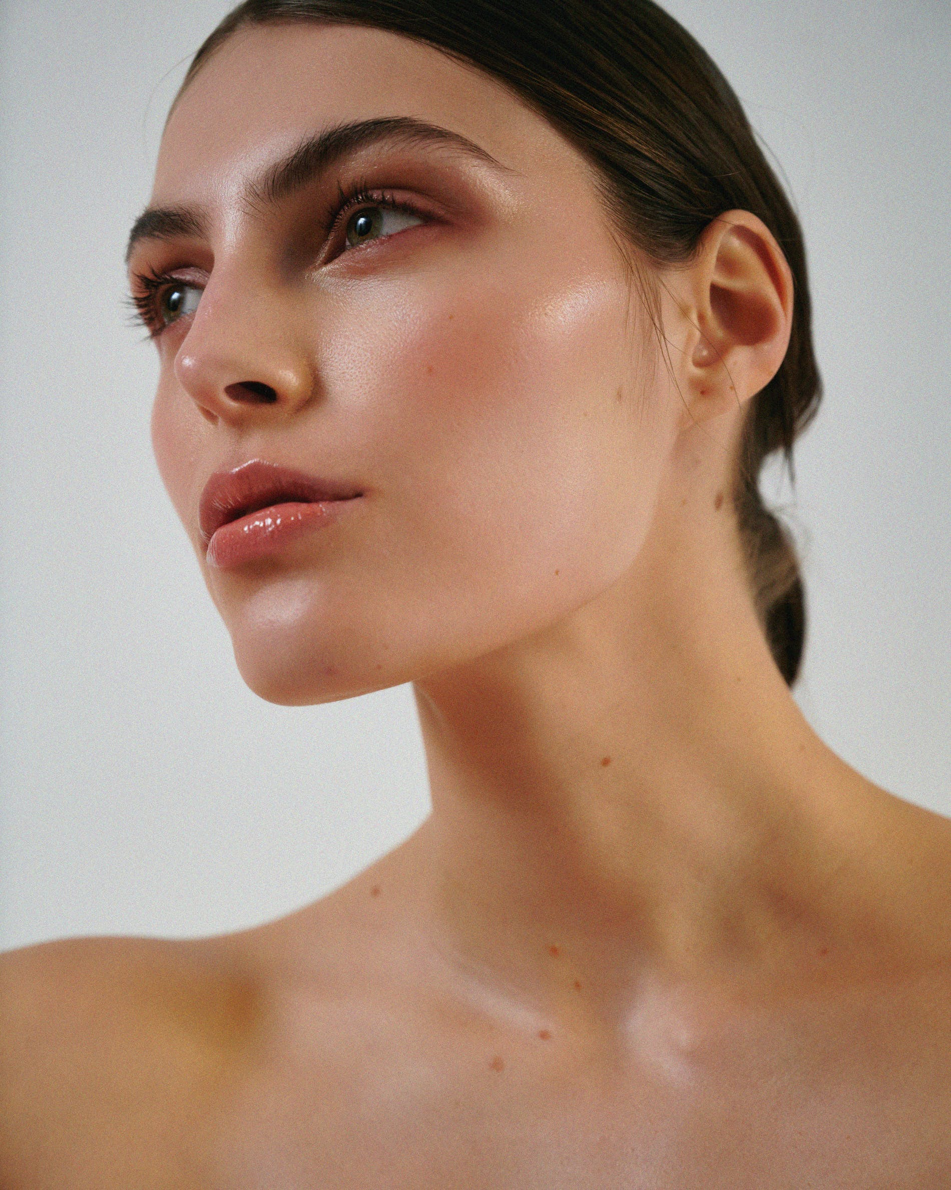 What to Know About Dermaplaning - Skincare Facial Shaving Dermaplane Tools