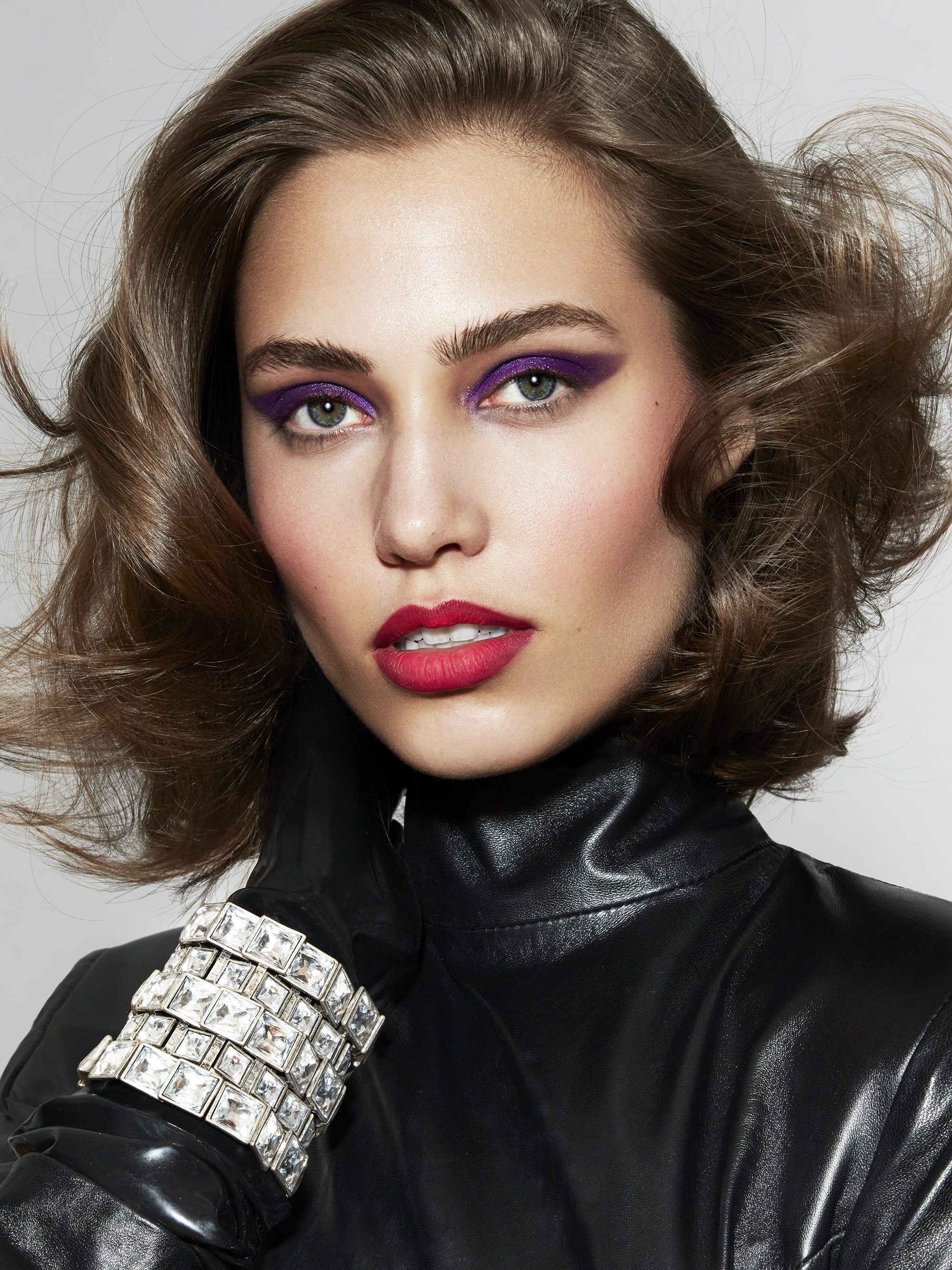 Stepping Out: Revisiting '80s Glam - '80s-Inspired Makeup Hair