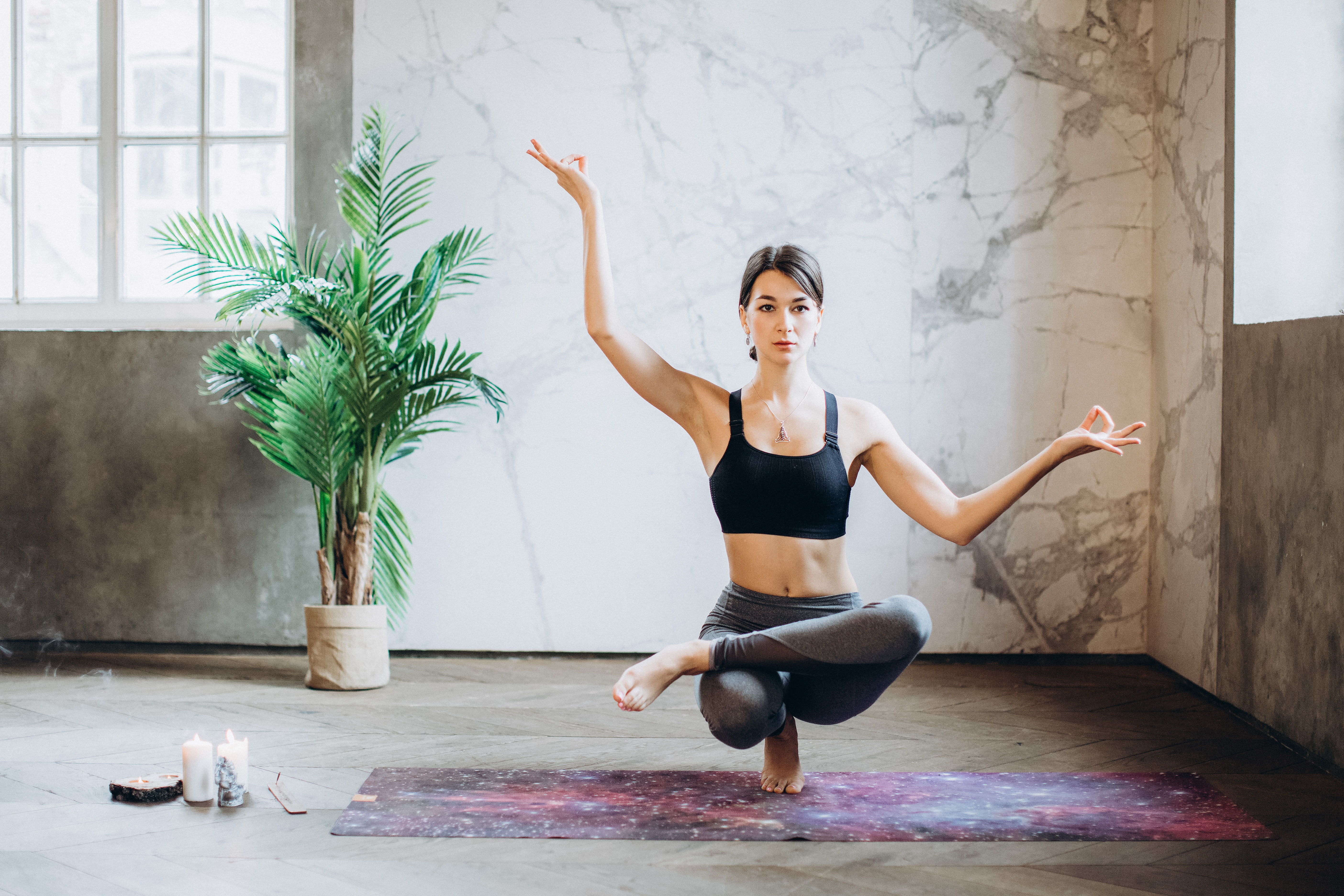 5 Best Accessories for Yoga Beginners on International Yoga Day - Yoga Fitness Tips