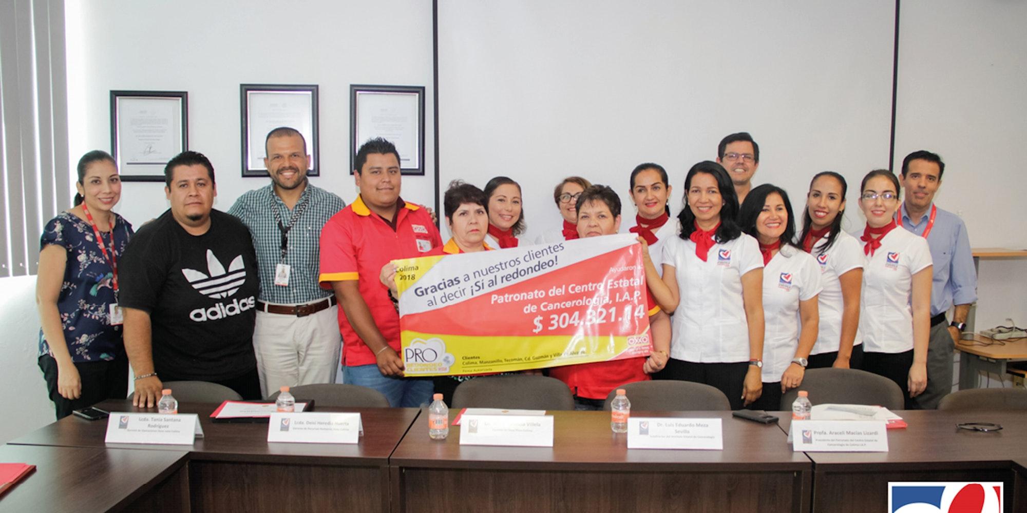 Cover Image for Patronato del Centro Estatal de Cancerología IAP, recibe donativos del Programa de Redondeo Cliente OXXO