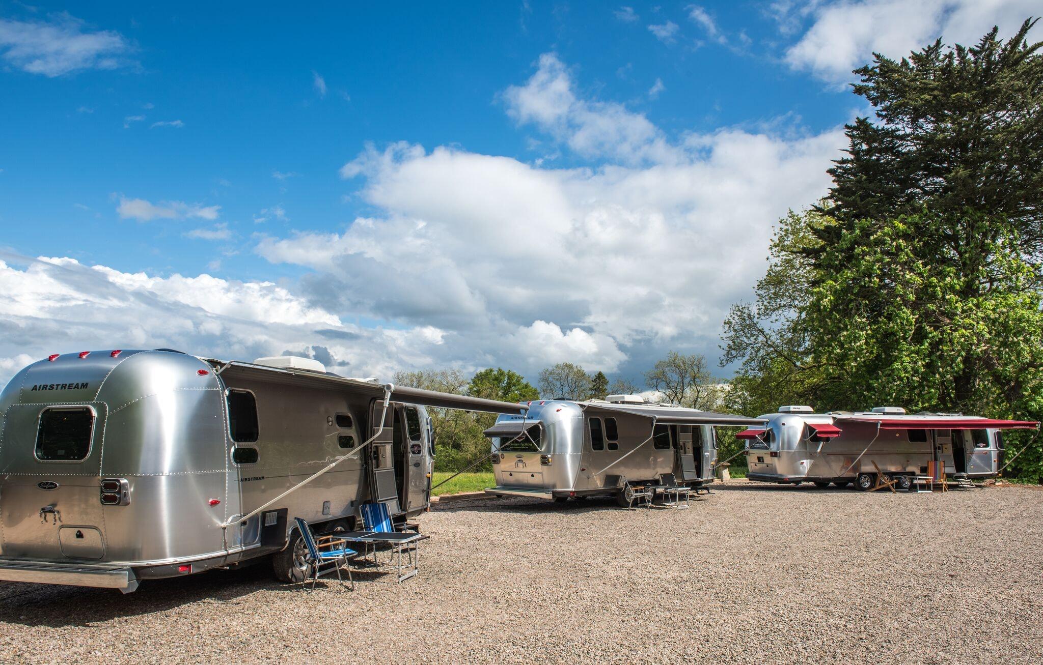 Super Special Airstream (sleeps 3-5)