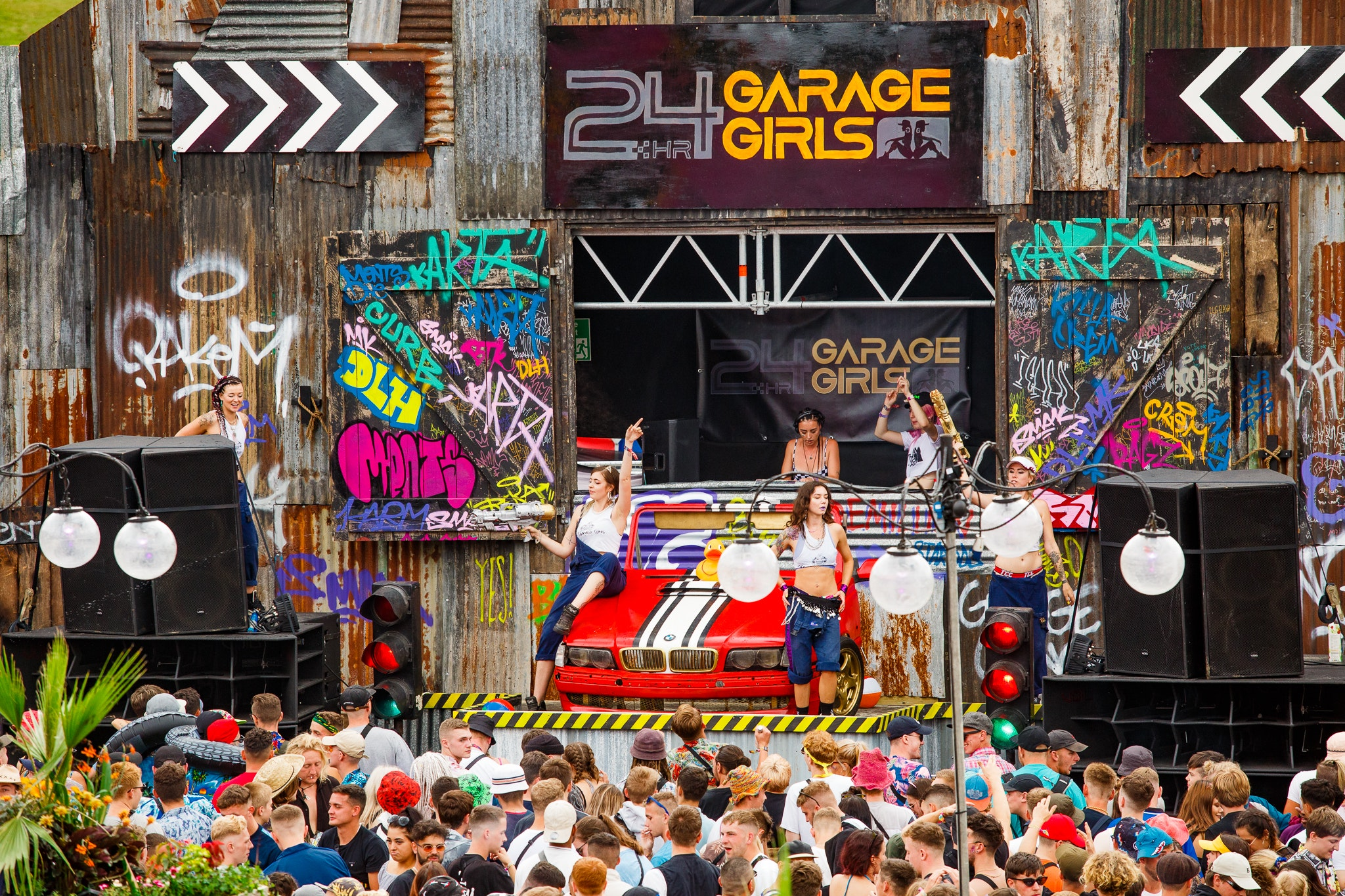 Boomtown Backstage Mini-Tour #1: 24hr Garage Girls