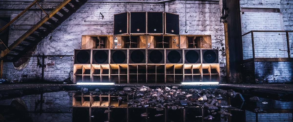 Mungo's Hi Fi ft Eva Lazarus