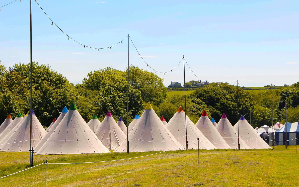 Luxury Tipi Tents (sleeps 3)
