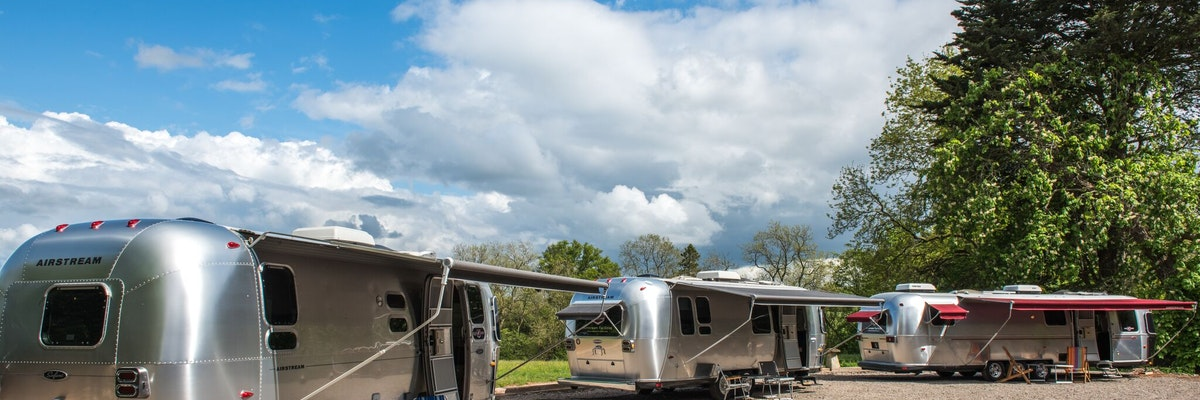 Super Special Airstream (sleeps 3-5)