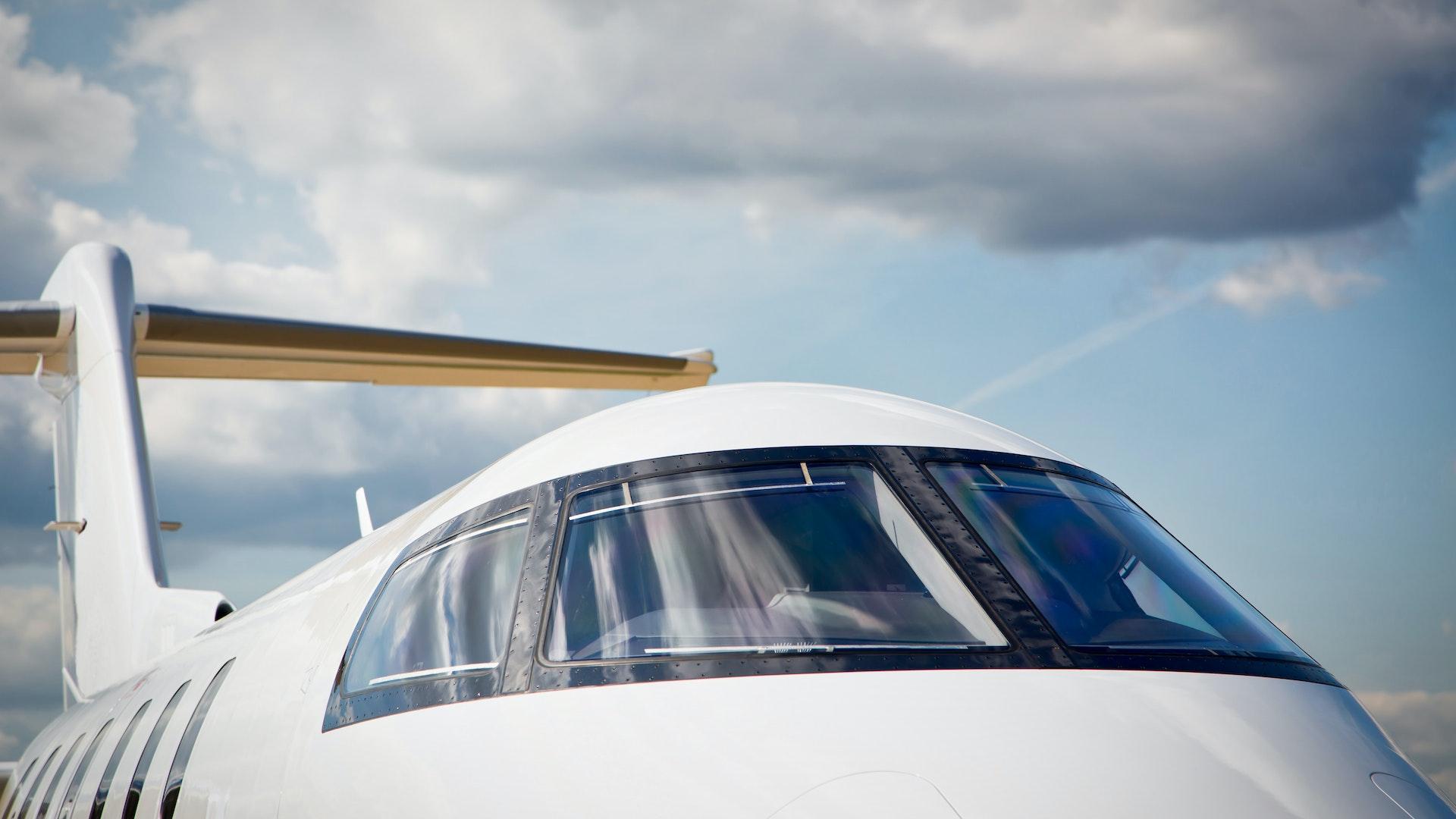 Front-Jet