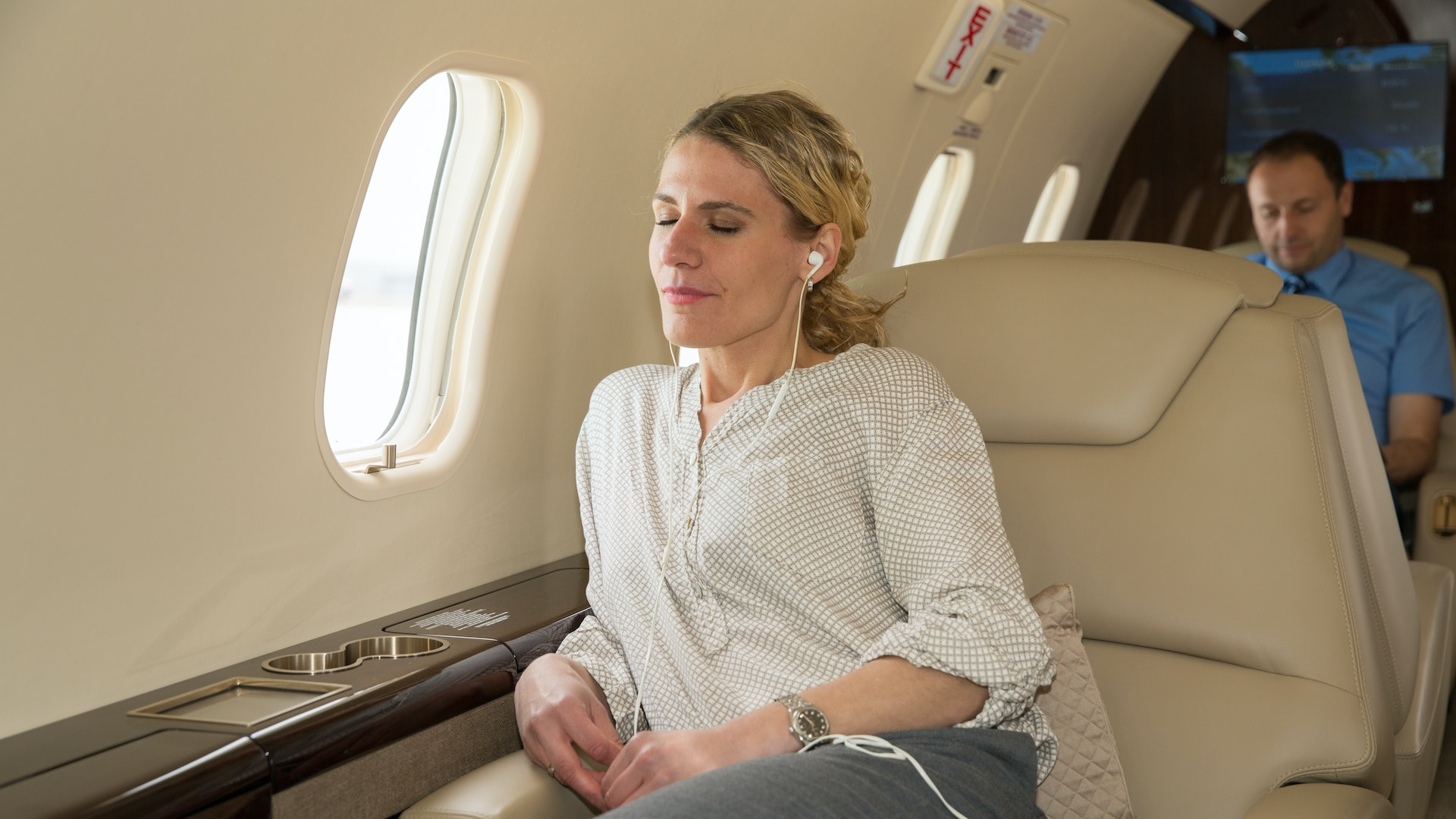 Reclining on a jet