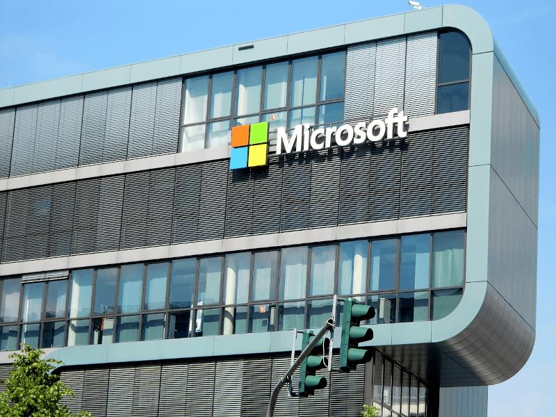 facade of Microsoft office building