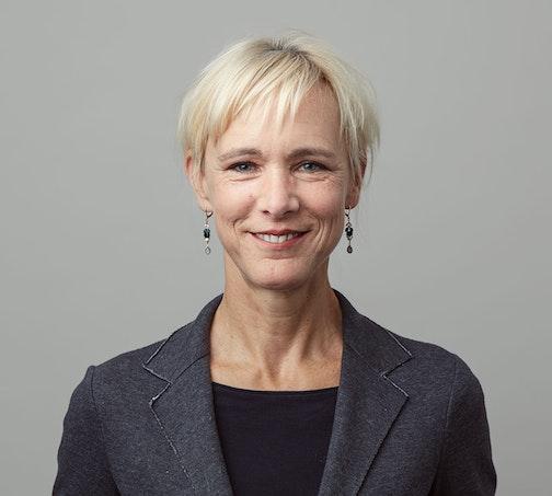 Barbara Laur