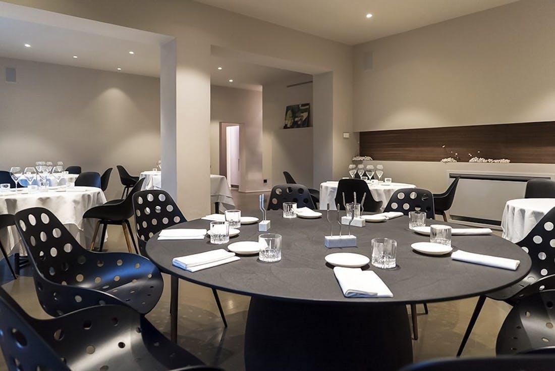 Kubikoff design chair 08 ristorante bologna