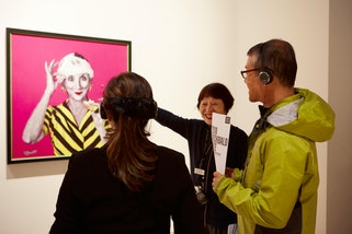 Japanese-language guided tour of Archibald, Wynne and Sulman Prizes