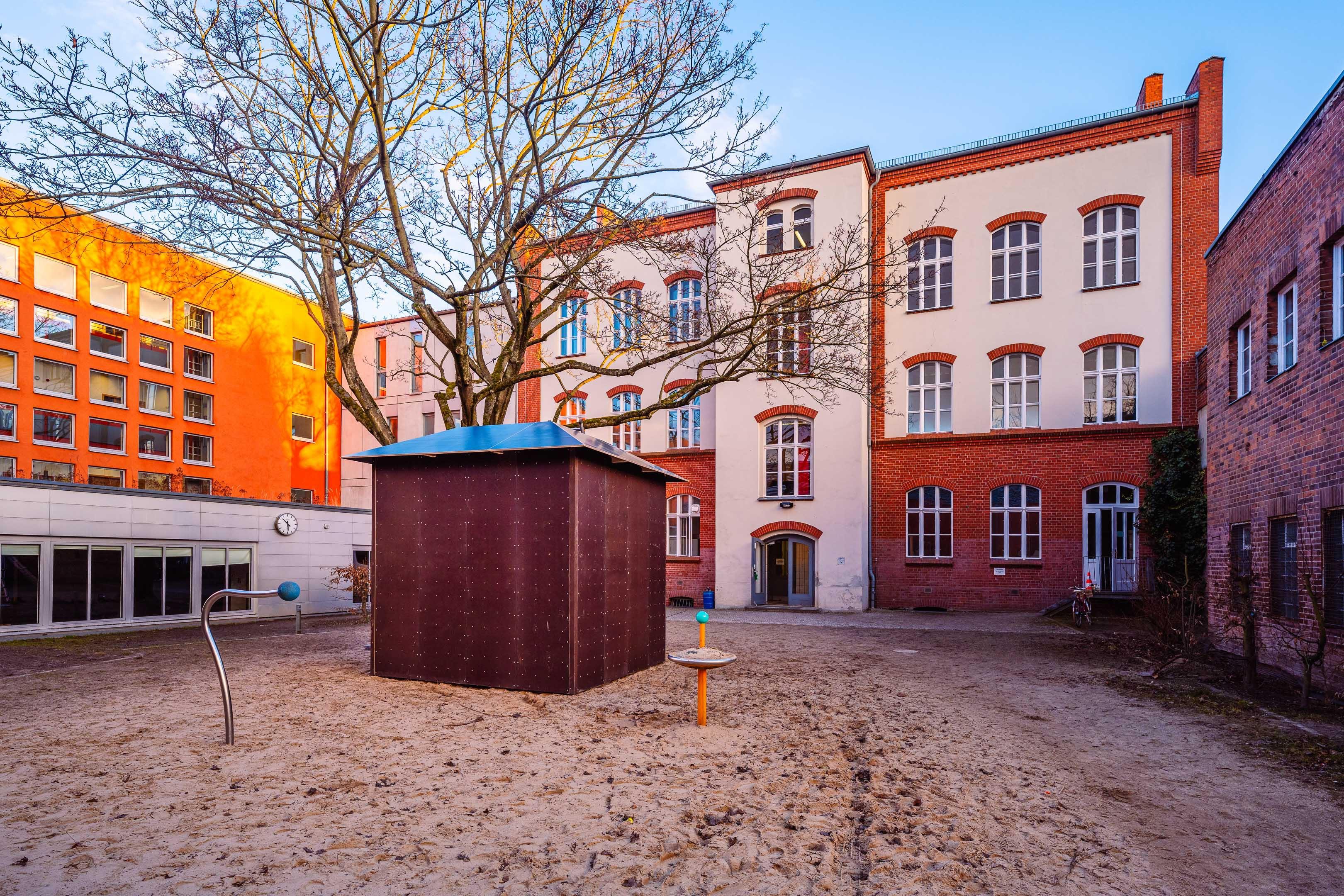 Boulderwürfel an Hermann-Nohl-Schule in Berlin