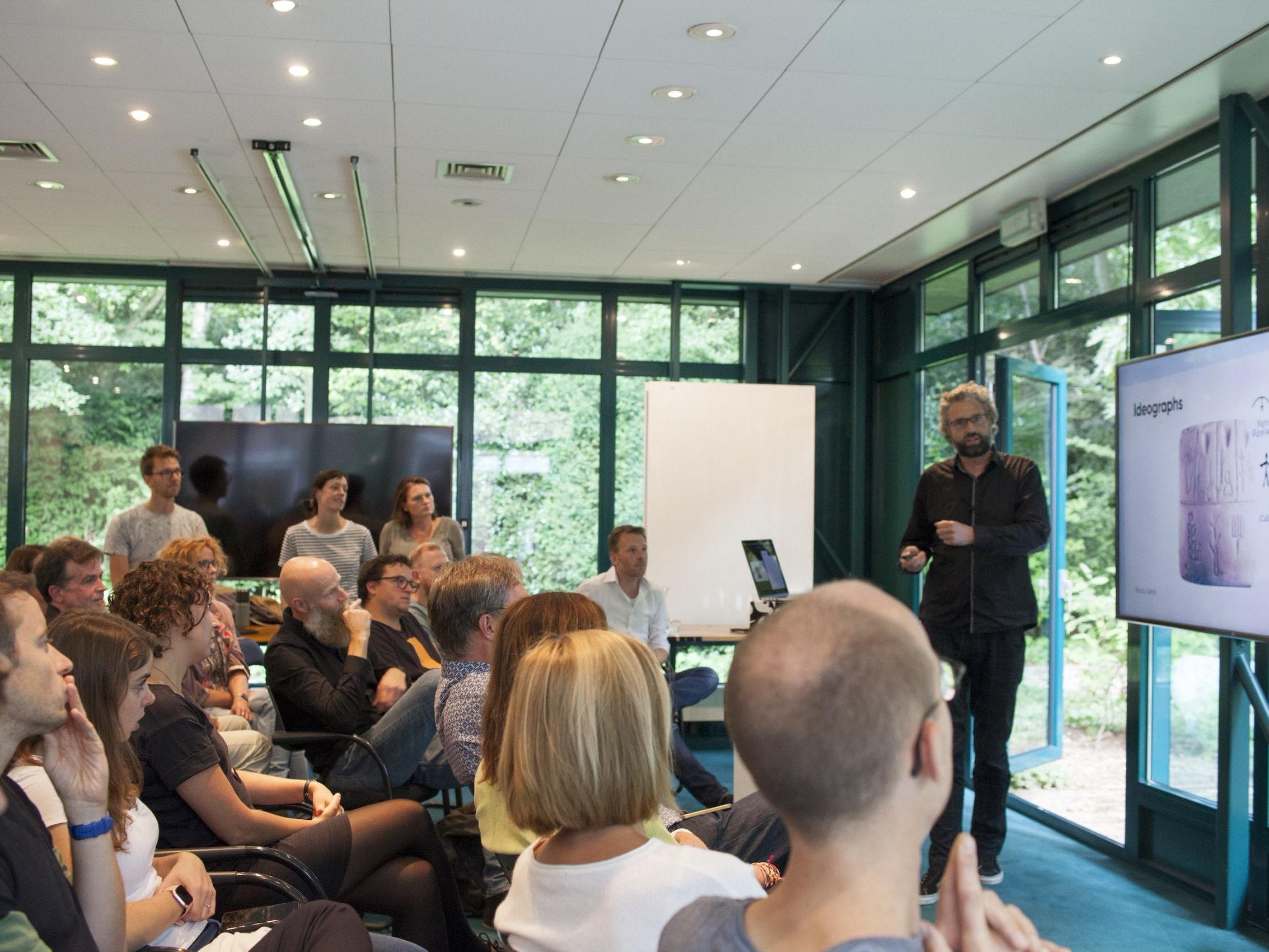 Front-ender meet-up at design agency Informaat