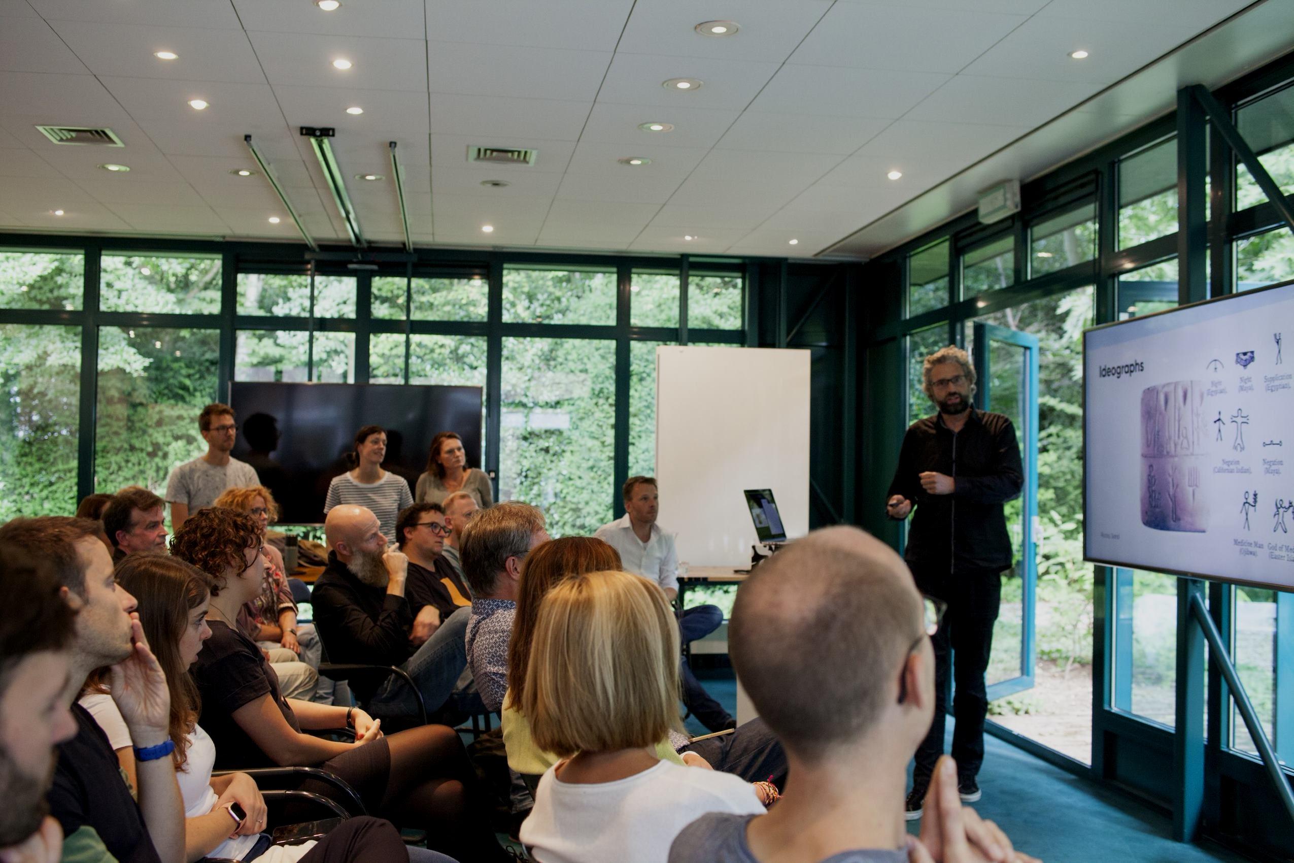 Front-ender meet-up bij ontwerpbureau Informaat