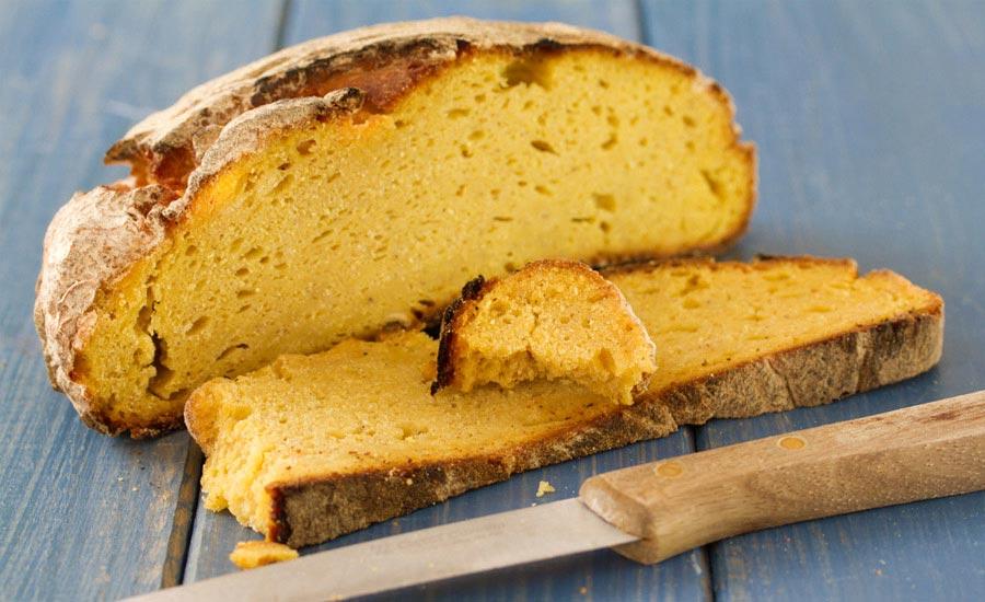 karadeniz yöresine ait dilimlenmiş mısır ekmeği