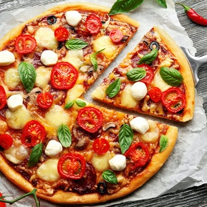 Lezzetli ve Pratik: Evde Kolay Pizza Tarifi