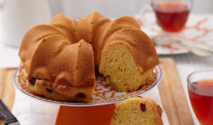 kremalı yaban mersinli kek