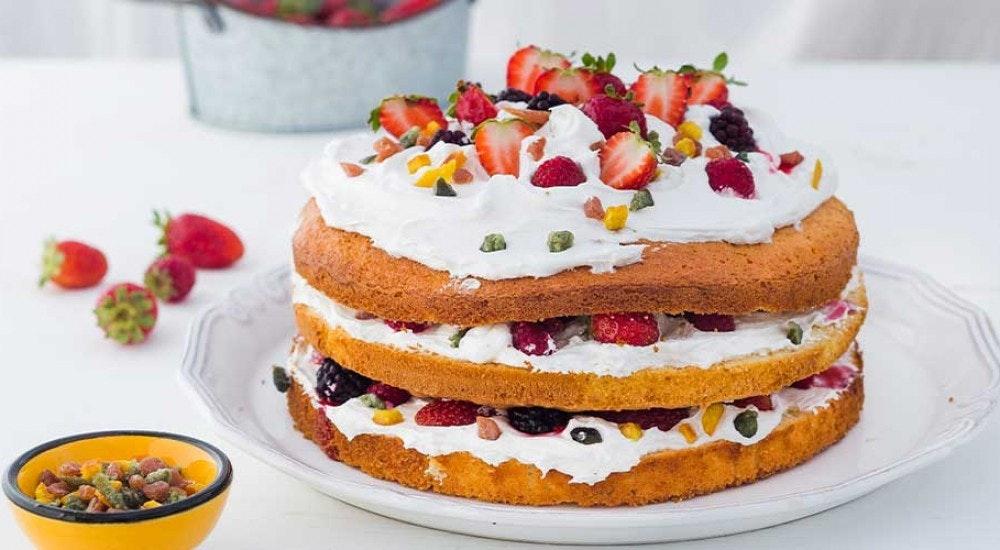 transparan kutlama pastası